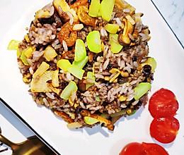 虾仁蘑菇炒饭的做法