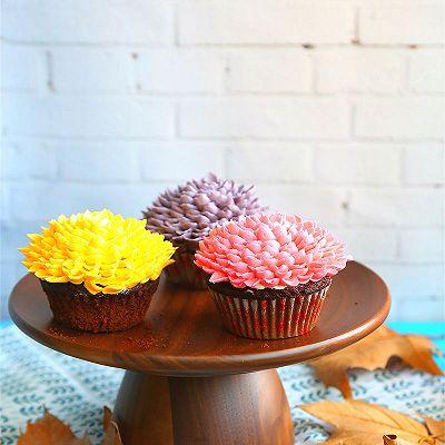 菊花杯子蛋糕