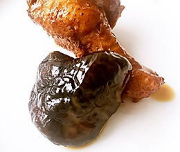 鸡翅根炖香菇的做法