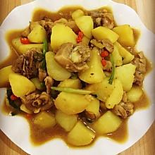 鸡腿肉焖土豆