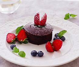 别怕,天再冷,再孤独,还有我的这份温情,巧克力蓝莓熔岩蛋糕的做法