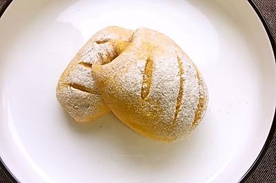 延時發酵包—南瓜半麥麵包