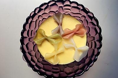 宝宝早餐-蝴蝶面鸡蛋羹