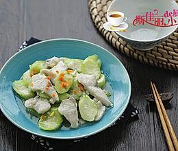 丝瓜炒鱼片的做法