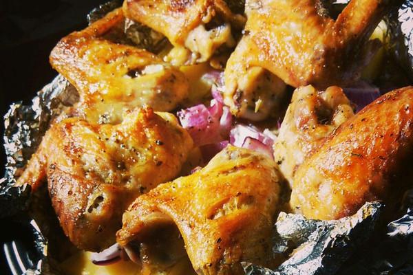 黄油淡奶烤鸡翅的做法