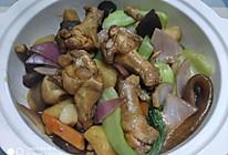 #入秋滋补正当时#有肉有菜的黄焖鸡的做法
