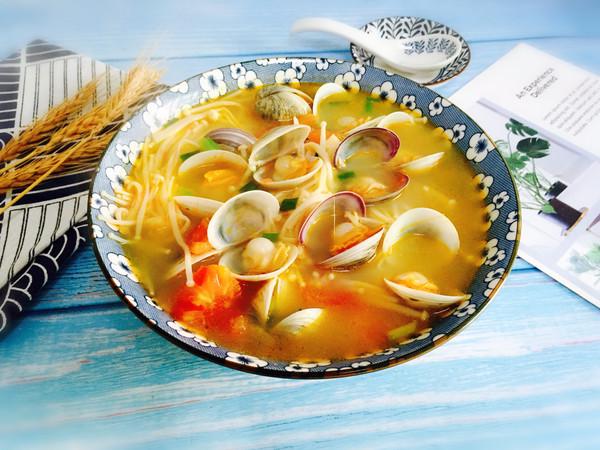 #肉食者联盟#番茄菌菇蛤蜊汤的做法