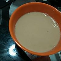 红糖姜奶汤的做法图解1
