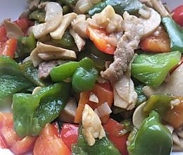 杏姑彩椒炒肉的做法