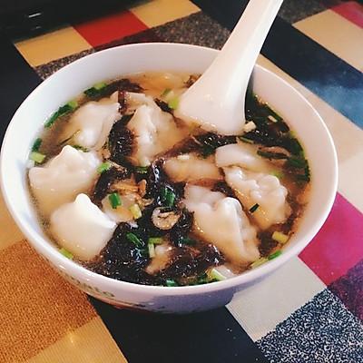 一道贴心暖胃的早餐——香菇肉馅儿鲜汤馄饨