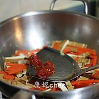 韭菜炒豆干#浪漫樱花季#的做法图解3