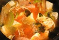 辣白菜海鲜豆腐汤的做法