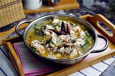 酸萝卜黑鱼汤