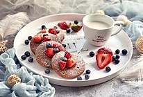 #百变水果花样吃#双莓可可松饼的做法