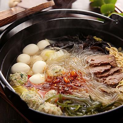 下班回家不想做饭,不如来试试这道超快手的美食——牛肉粉丝砂锅