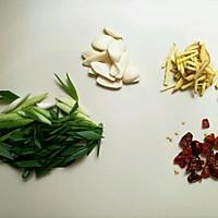 炒河虾的做法图解2