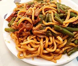 铁锅豆角焖面-快手懒人菜的做法