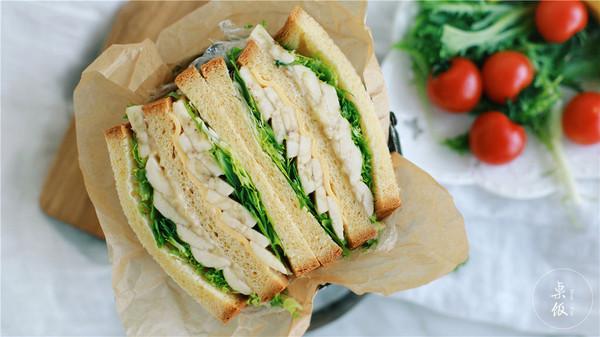 香蕉芝士厚三明治,夏日最小清新的早餐。