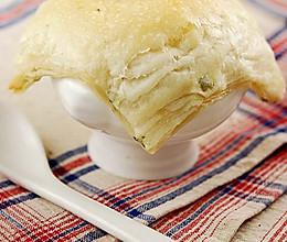 鲜蘑海鲜葱香酥皮汤的做法
