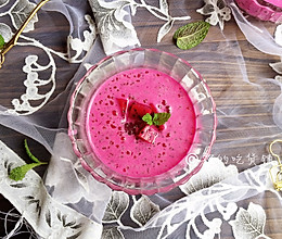 火龙果椰汁西米露的做法