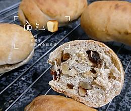 饱腹感十足的全麦小面包的做法