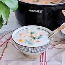 【一食呓语】青菜胡萝卜腐竹鸡丝粥。