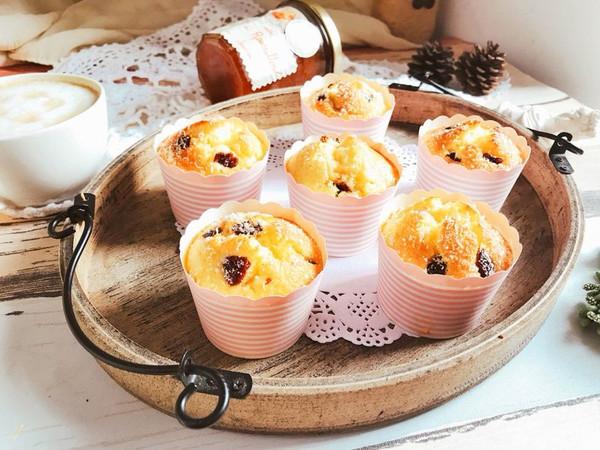 椰蓉蔓越莓玛芬纸杯蛋糕 快手早餐下午茶的做法