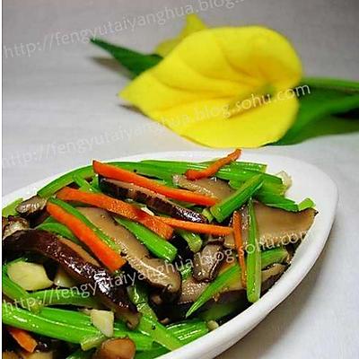 素炒香菇芹菜