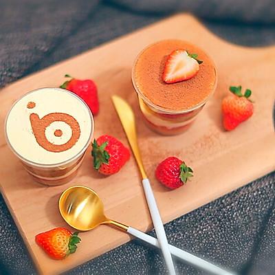 草莓提拉米苏杯