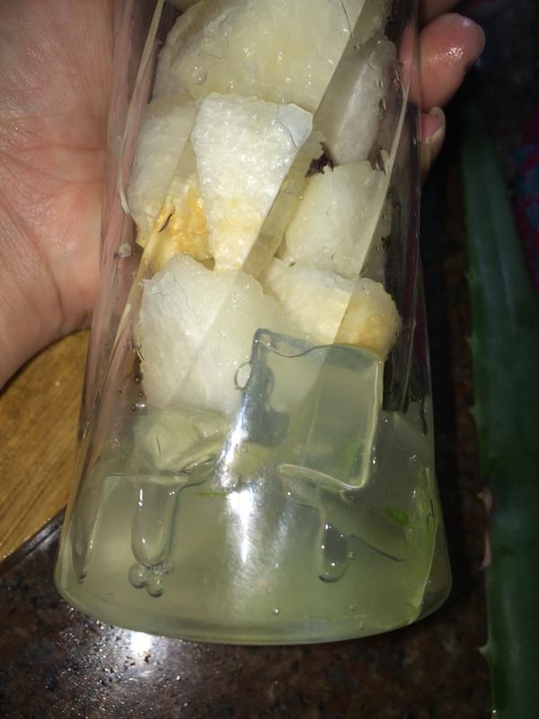 芦荟雪梨汁的做法