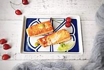 #母亲节,给妈妈做道菜#香煎三文鱼的做法