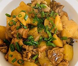 土豆烧鸡腿块的做法