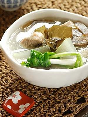 冬瓜海带瘦肉汤(懒人版)