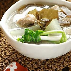 冬瓜海带瘦肉汤(懒人版)的做法