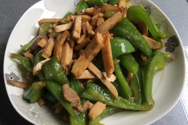 圆椒肉片炒香干-【小丁家厨】的做法