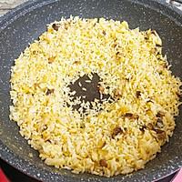 杂蔬虾仁炒饭的做法图解8