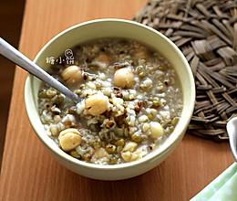 清热润燥【绿豆薏米粥】的做法