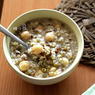 清热润燥【绿豆薏米粥】