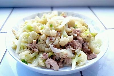 我喜爱的家常菜肴:菜花炒肉片