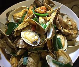 葱香花蛤的做法