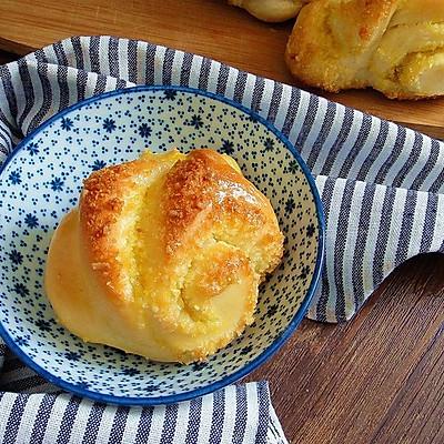 椰蓉面包花卷