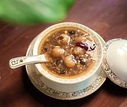 【小森妈妈菜谱】备孕药膳-黑豆糯米促排卵粥的做法