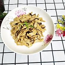 鸡胸肉炒蘑菇