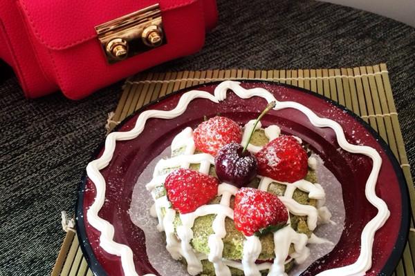 抹茶草莓的做法