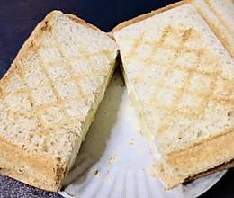 """早餐系列""""香蕉酸奶三明治""""的做法"""