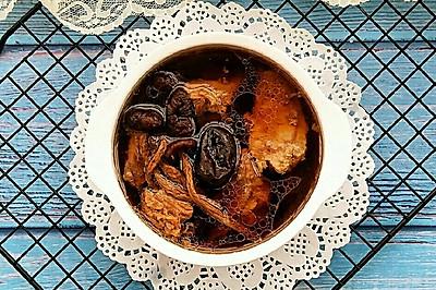 茶树菇老鸭汤