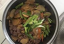 土豆片烧牛肉的做法