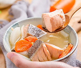 三文鱼酒粕汤的做法