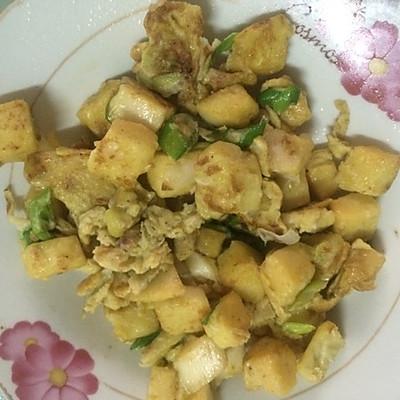 简单又好吃的鸡蛋炒馒头的做法 步骤5