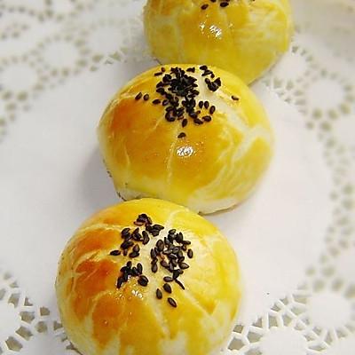 豆沙蛋黄酥
